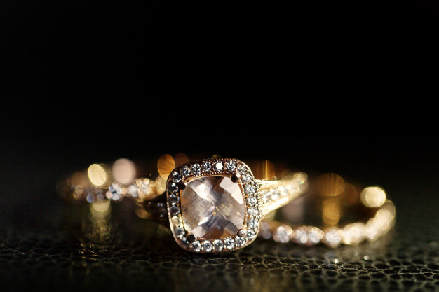 Signature Jewelers and Loans
